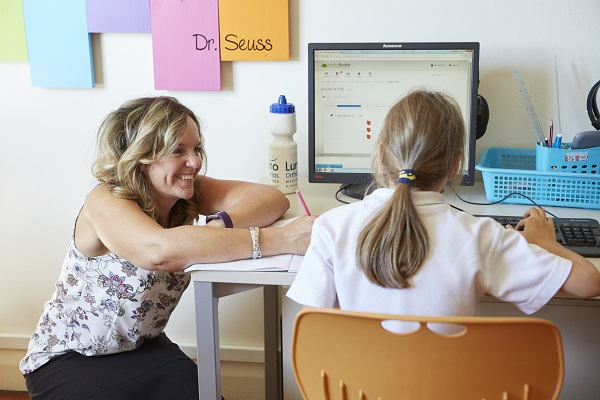 Thinking2Morrow sarah louise with student